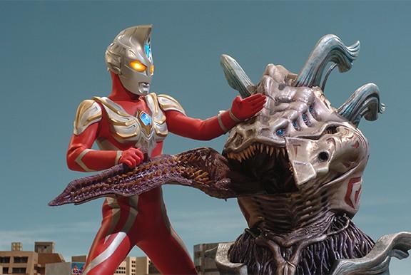 2005 Ultraman Max 14